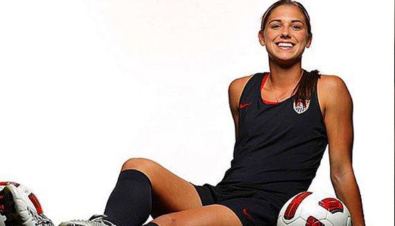 ТОП –10 самых привлекательных футболисток мира