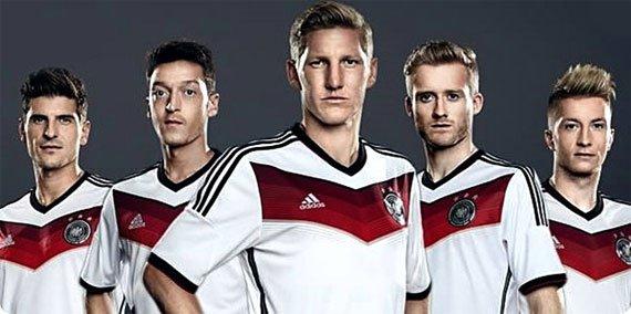 Немецкая футбольная команда состав