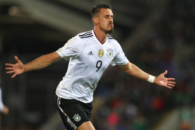 Немецкие нападающие по футболу